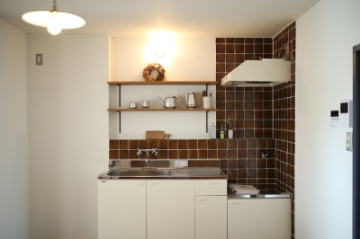 カフェのようなキッチンでお客さまをお出迎え。